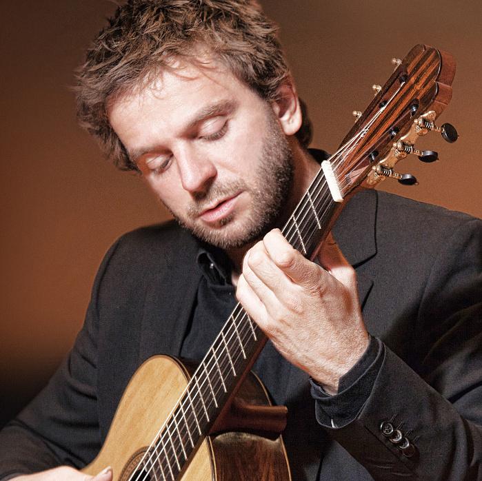 Bach gitárrajongóknak, gitár Bach-rajongóknak – interjú Marcin Dyllával